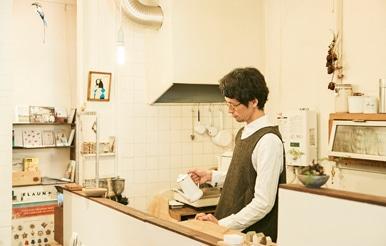 経堂|cafe+gallery 芝生|遊佐一弥さん
